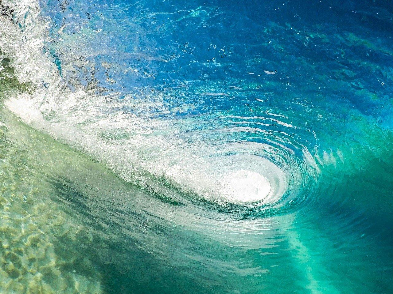 beach, wave, ocean-1851101.jpg
